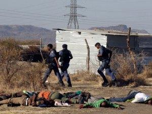 SOUTH AFRICA 16-Aug-2012 04 MARIKANA 01